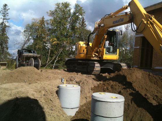 Septic-System-Installation-Excavation-Septic-Tank.jpg